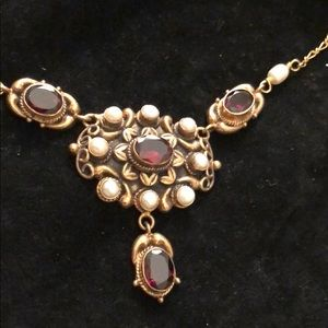 Jewelry - Handmade in ITALY garnet seed pearl necklace